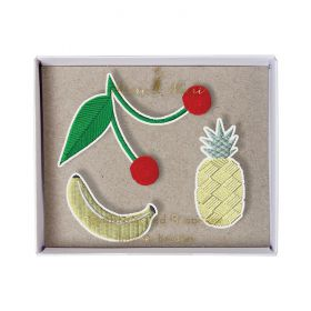 Broches brodées fruits