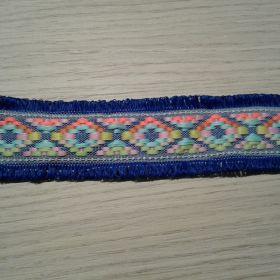 Ruban ethnique bleu