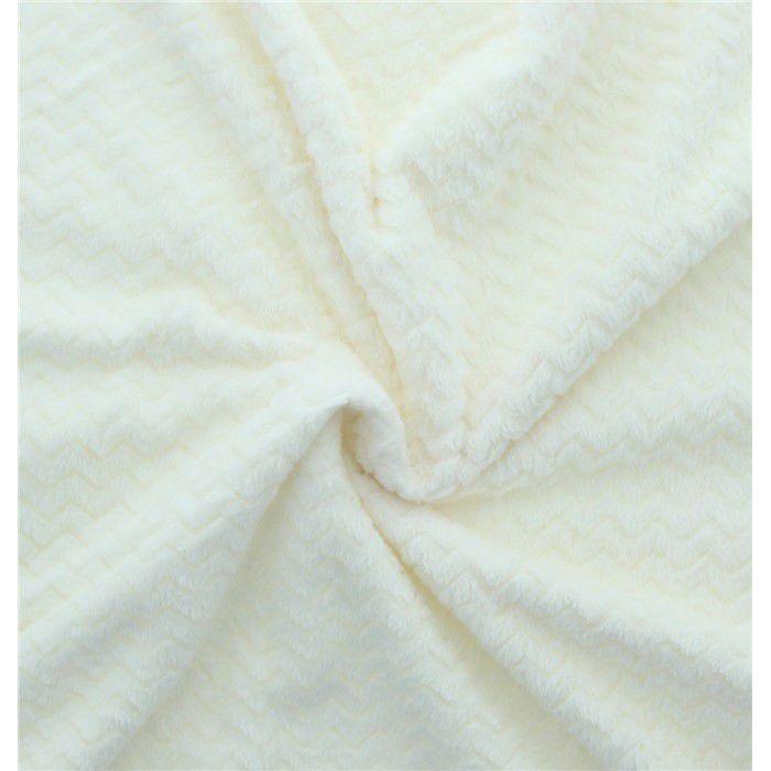 Tissu polaire minky blanc cassé chevrons