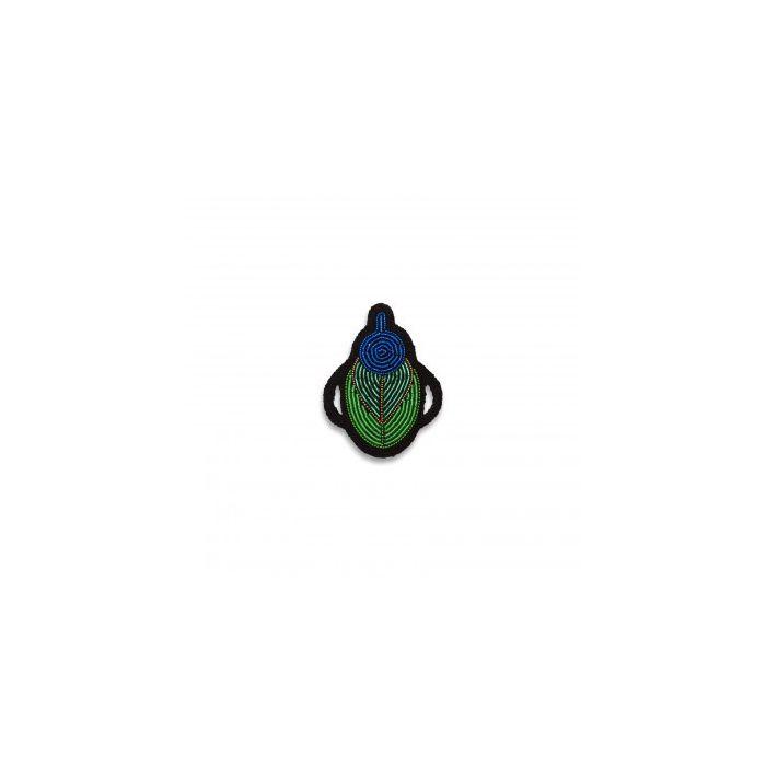 Broche bug macon et lesquoy
