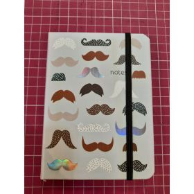 CALEPIN 10*15 FOND MOUSTACHES